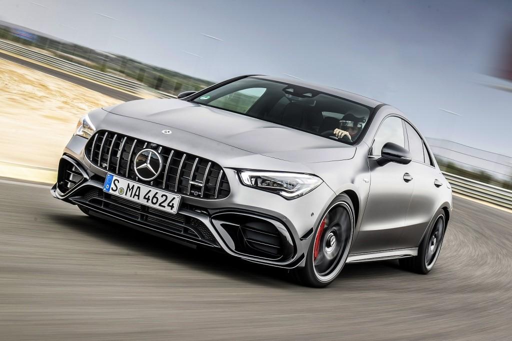 มาเป็นคู่รหัส AMG ! สปอร์ทซีดานรุ่นล่าสุด Mercedes-AMG CLA 45 S 4Matic+ (ราคา 4,999,000 บาท) กำลังสูงสุด 421 แรงม้า อัตราเร่ง 0-100 กม./ชม. ใน 4.0 วินาที ! และ CLA 35 4Matic (ราคา 3,999,000 บาท) กำลังสูงสุด 306 แรงม้า อัตราเร่ง 0-100 กม./ชม. ใน 4.9 วินาที