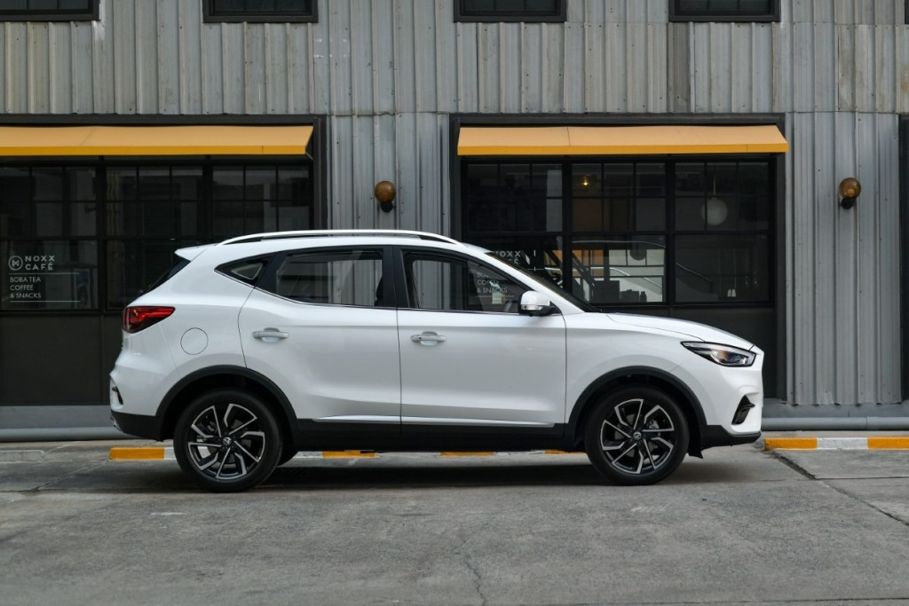 New MG ZS_0013 (Large)
