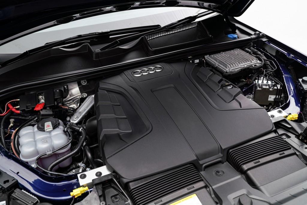 The New Audi Q7 45 TDI quattro S line_เครื่องยนต์ดีเซล เทอร์โบชาร์จ 6 สูบ 3.0 ลิตร_08