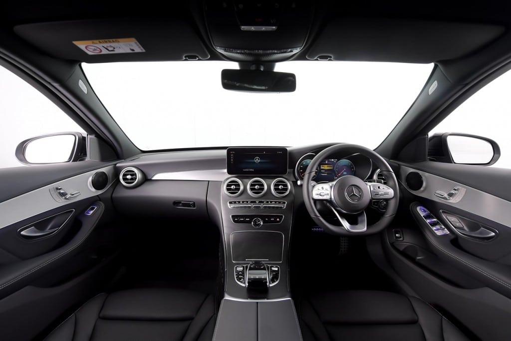 Mercedes Benz C300e AMG Sport (11)