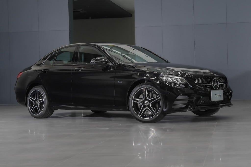 Mercedes Benz C300e AMG Sport (3)