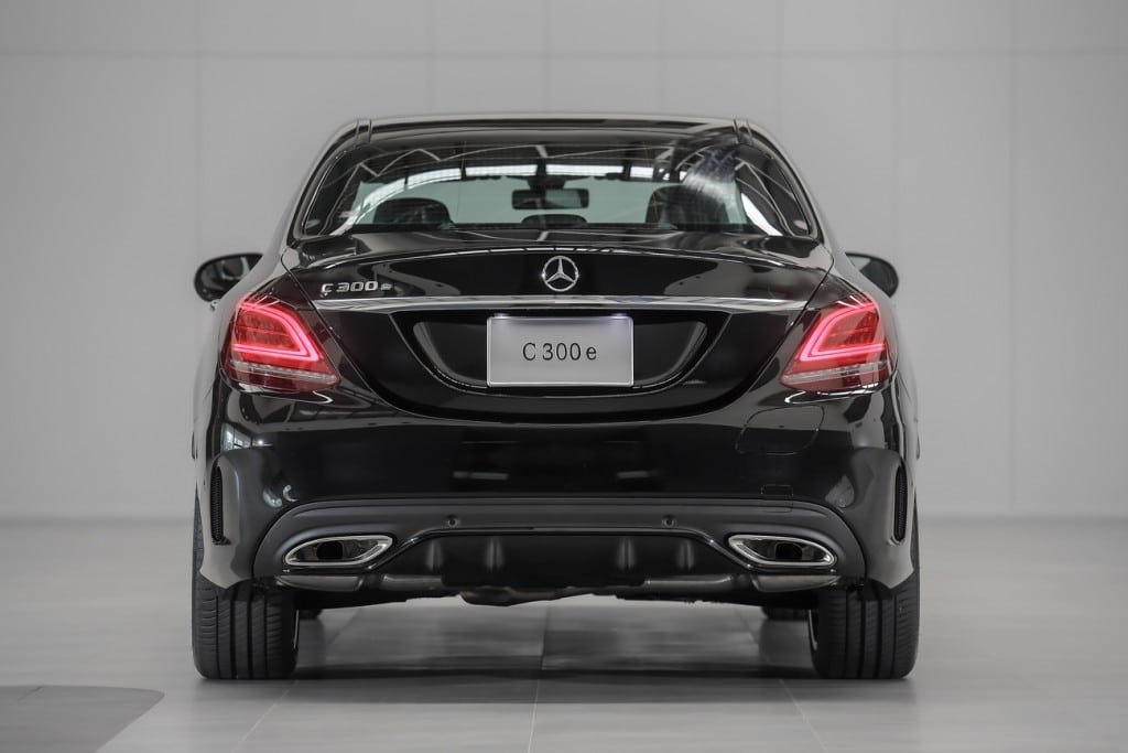 Mercedes Benz C300e AMG Sport (5)