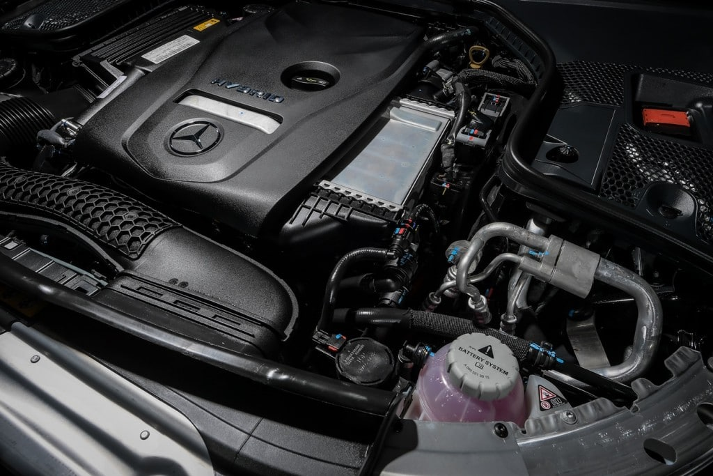 Mercedes Benz C300e AMG Sport (9)
