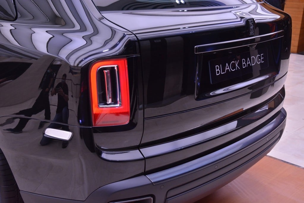 Rolls Royce Cullinan Black Badge AutoinfoOnline (1)