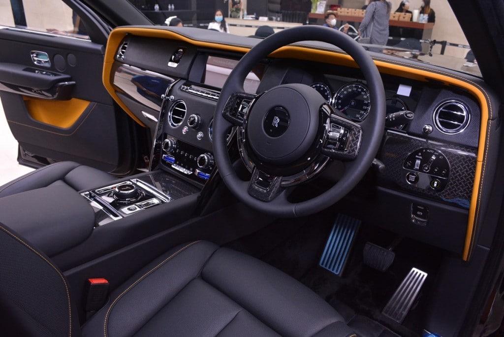 Rolls Royce Cullinan Black Badge AutoinfoOnline (9)