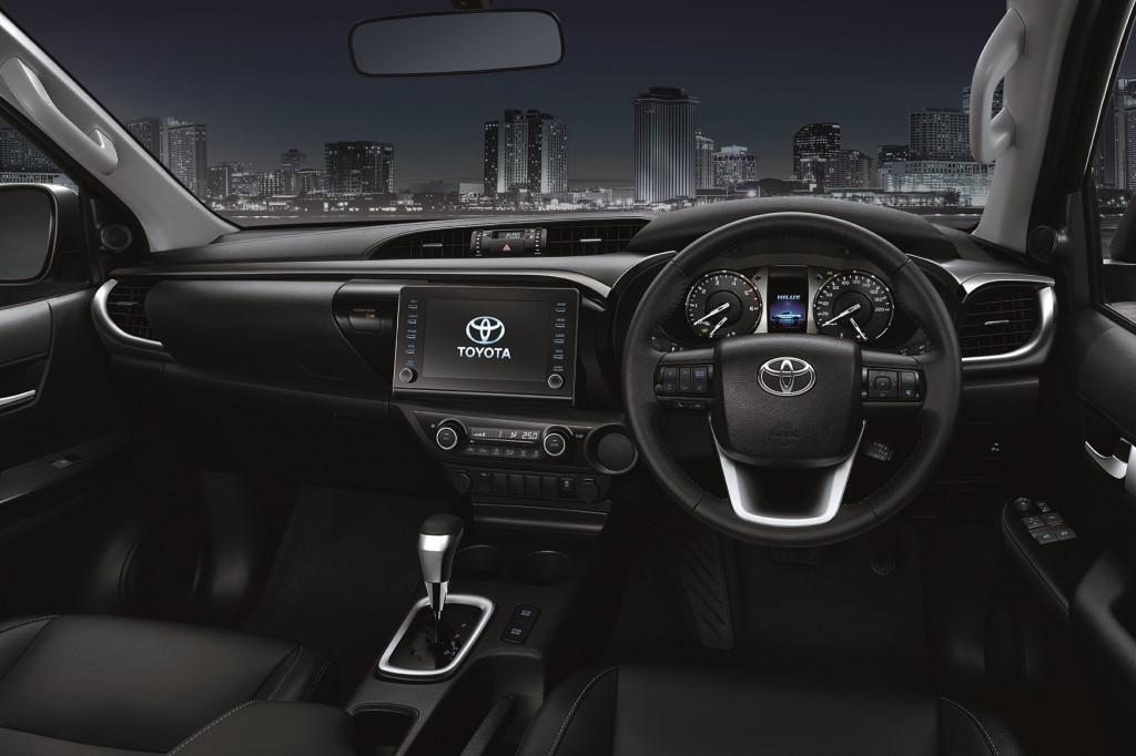 Toyota Hilux Revo Prerunner 4x4 (5)