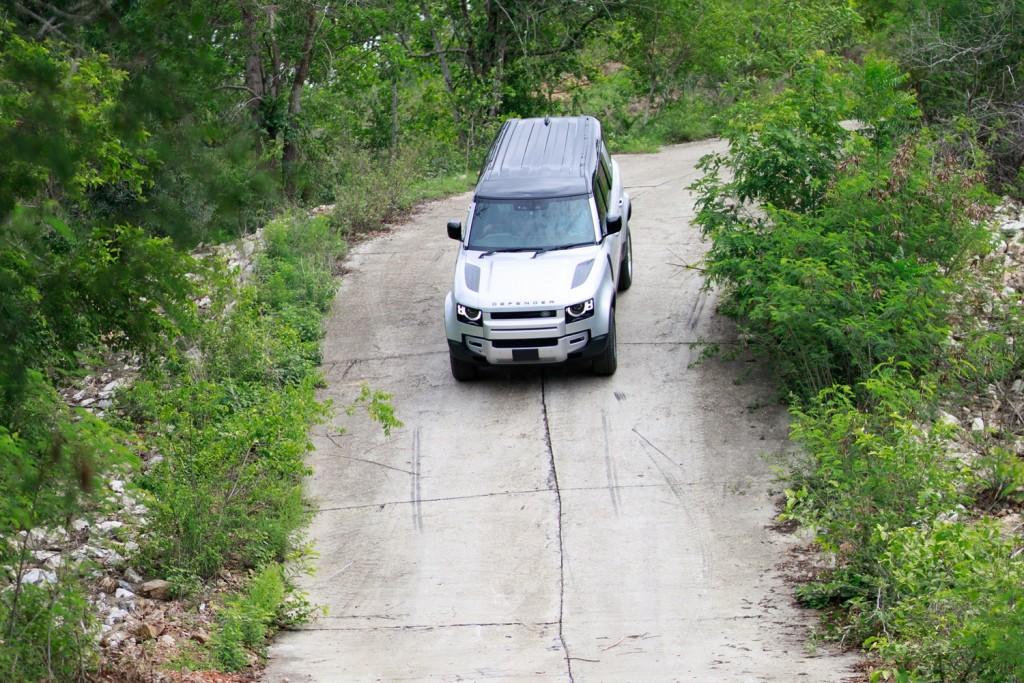 Land Rover Defender TestDrive (16)