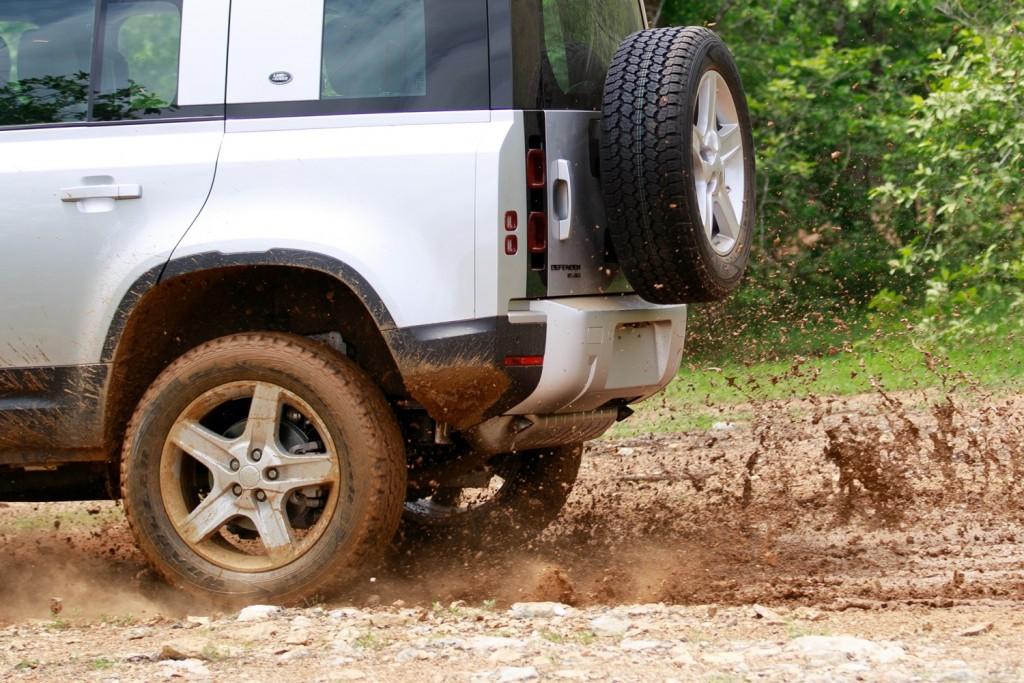 Land Rover Defender TestDrive (23)