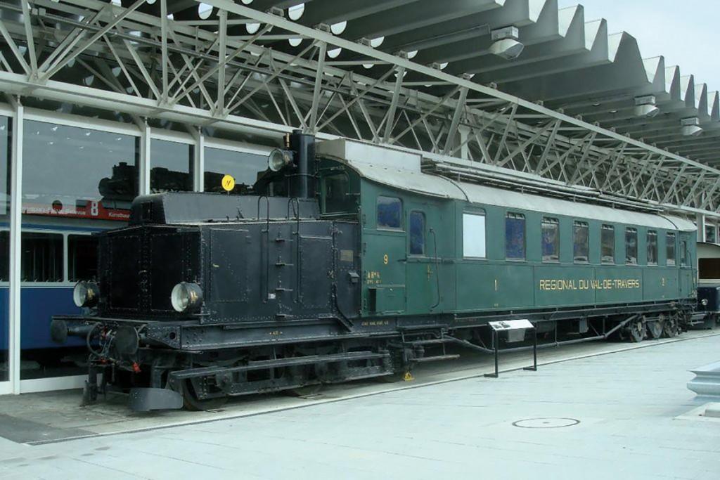 HIW136.trans_supertrains.wik_pd_dieselelectric baeacab1dc554f4d9