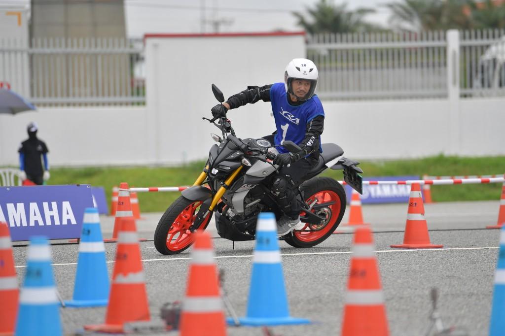"""12 YAMAHA จัดกิจกรรมทดสอบขับขี่รูปแบบใหม่ """"MT-15 SHOW OFF CHALLENGE"""""""