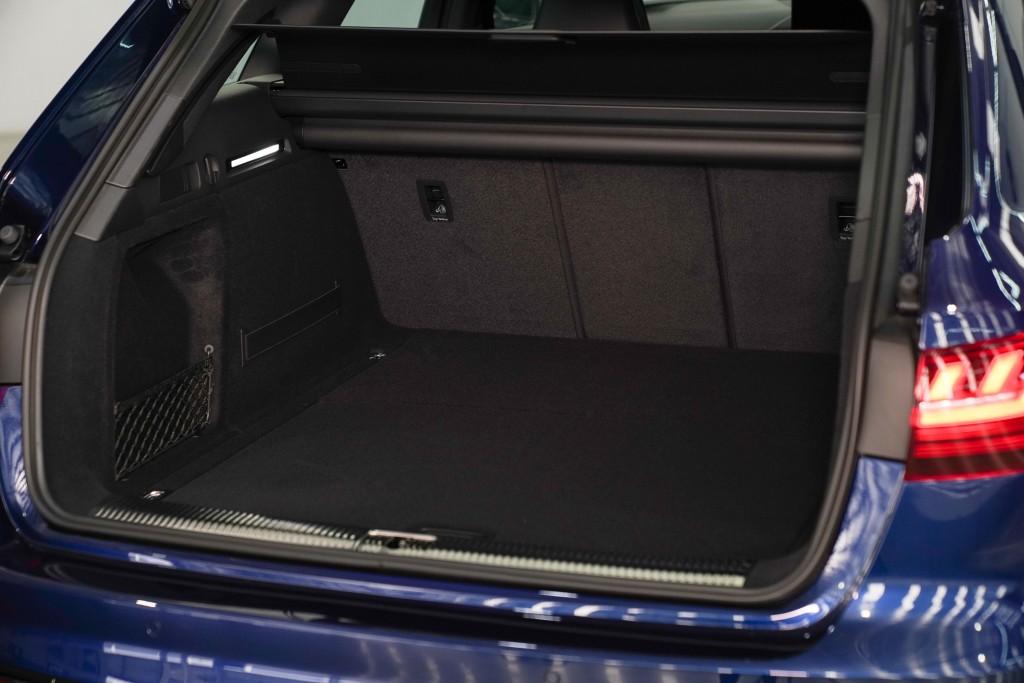 Audi A4 Avant_ภายใน_05