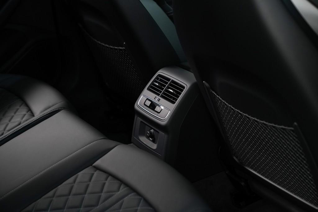 Audi A4 Avant_ภายใน_08