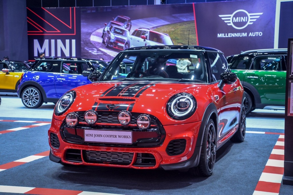 MINI GT Limited Edition (1)
