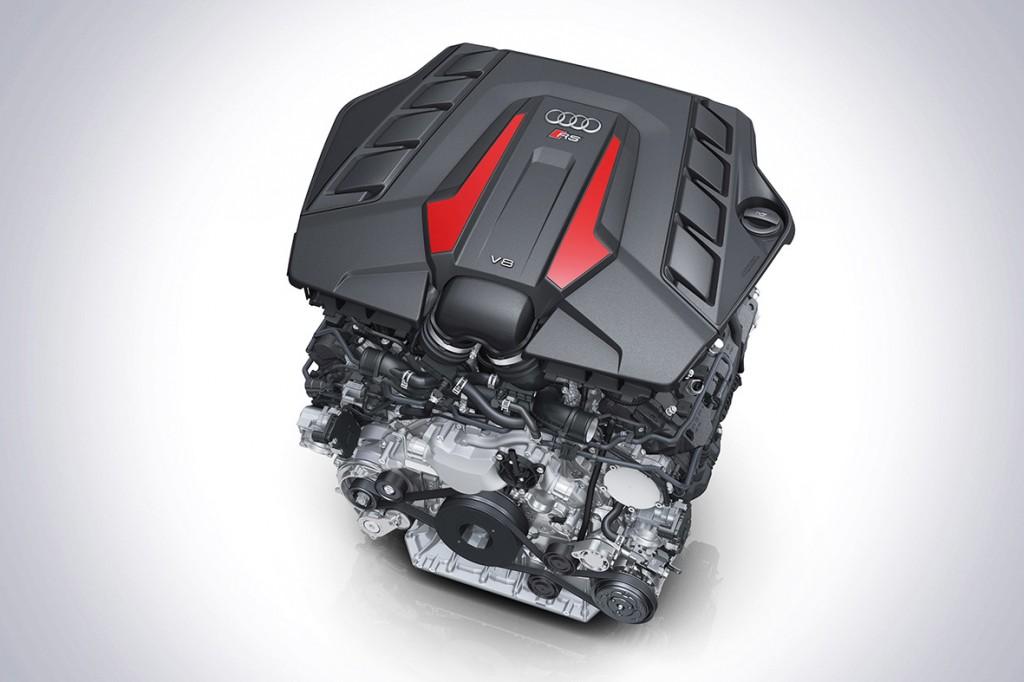 Audi RS Q8 V8