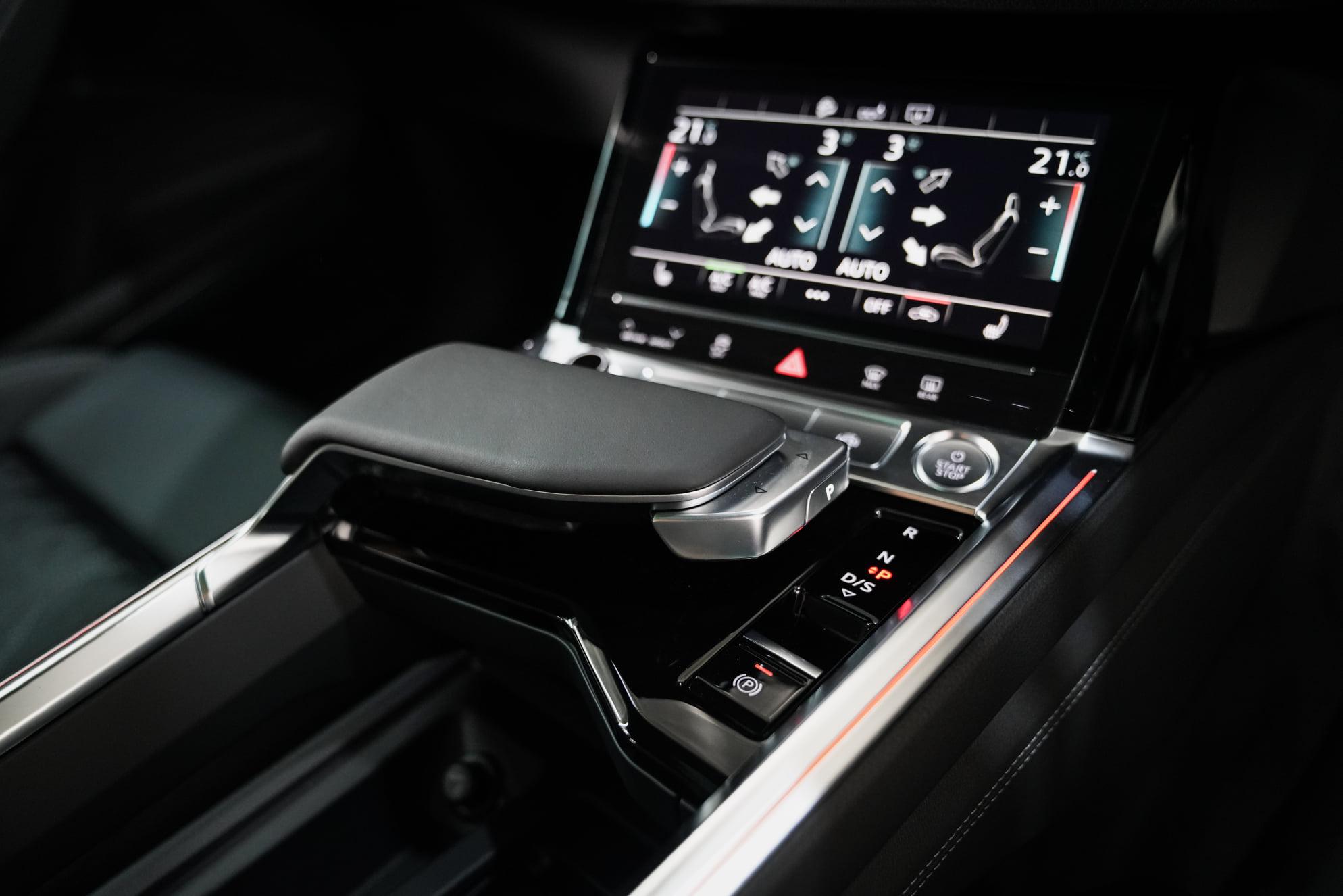 Audi e-Tron Sportback 55 Quattro S Line AudiThailand Autoinfo (16)