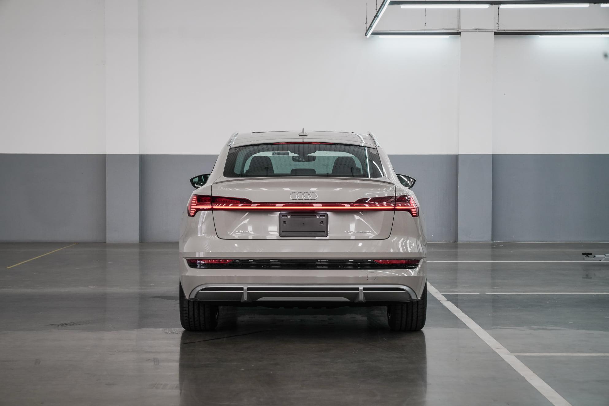 Audi e-Tron Sportback 55 Quattro S Line AudiThailand Autoinfo (17)