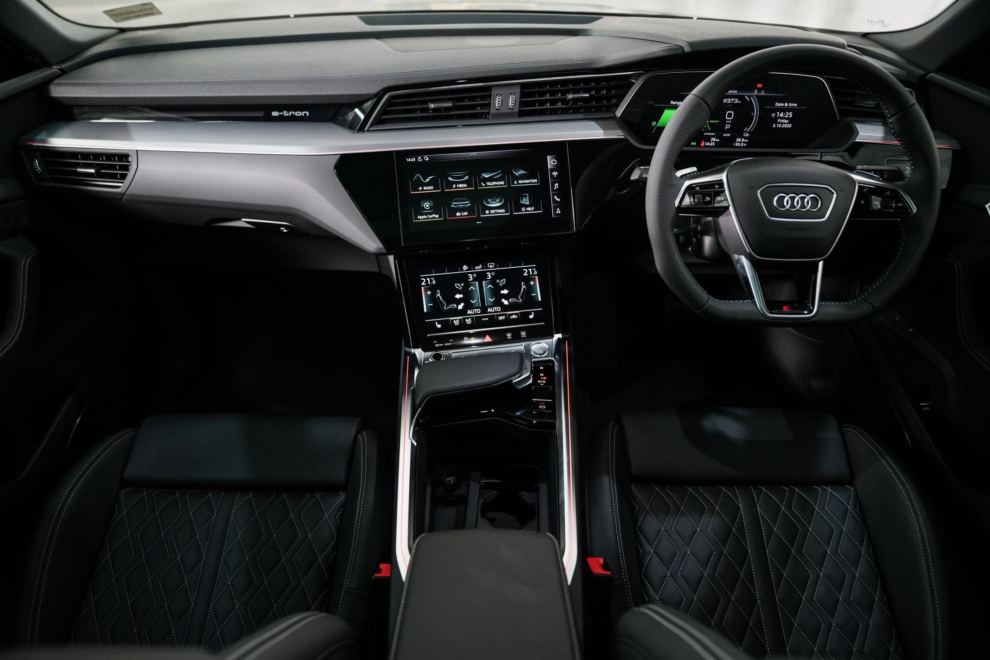 Audi e-Tron Sportback 55 Quattro S Line AudiThailand Autoinfo (18)