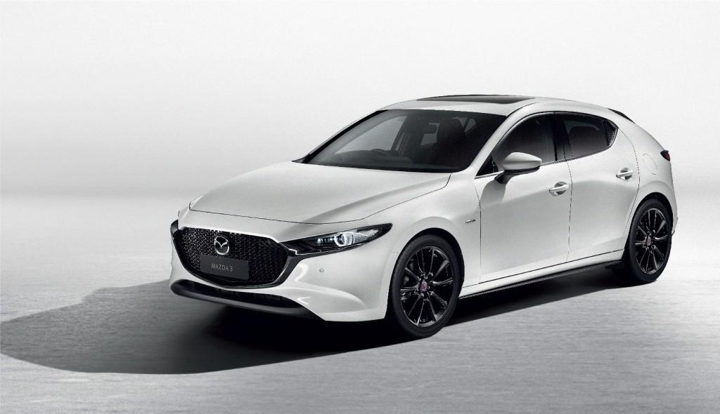 05_Mazda3 Sports 100th Anniversary Edition