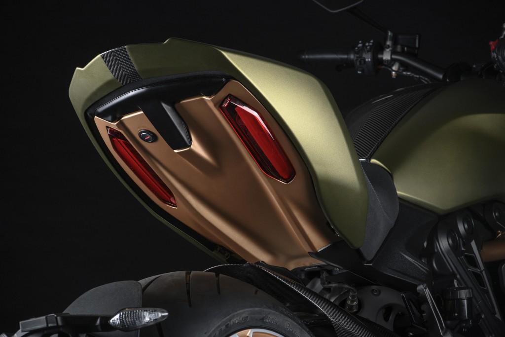 Ducati Diavel 1260 Lamborghini_6