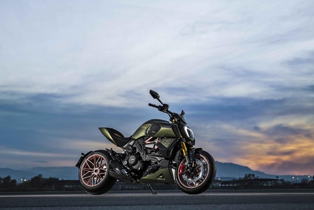 Ducati Diavel 1260 Lamborghini_8