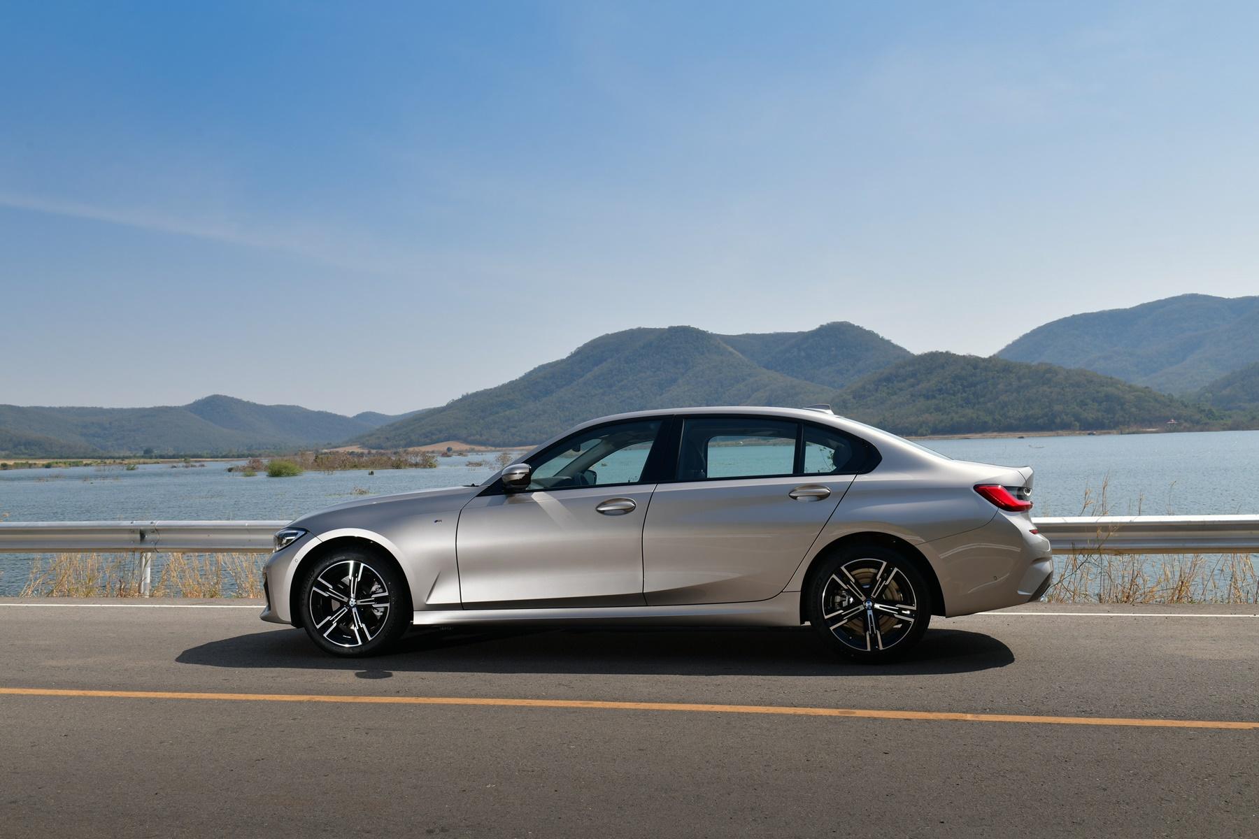 BMW 330Li M Sport (3)