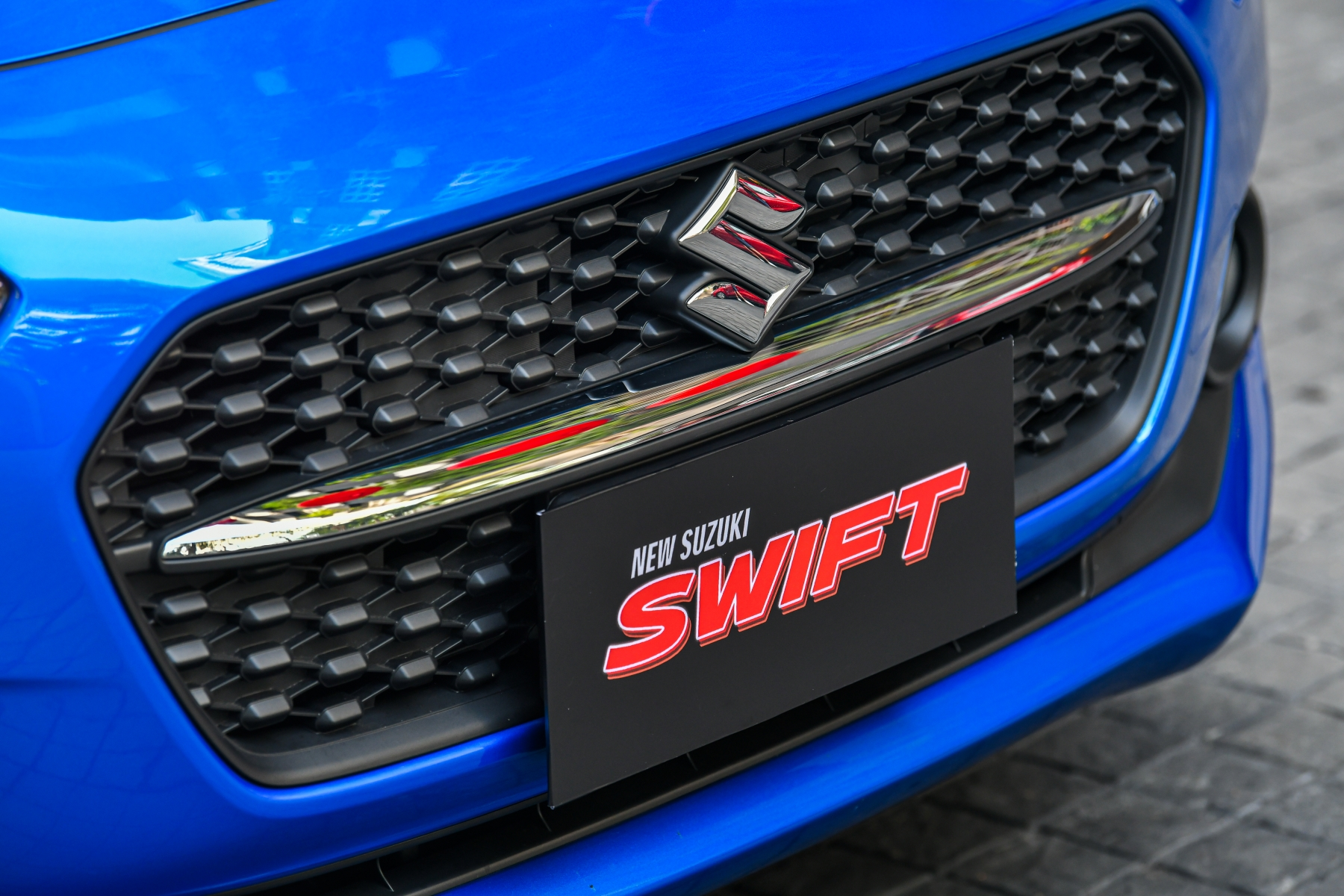 SWIFT exterior_0004