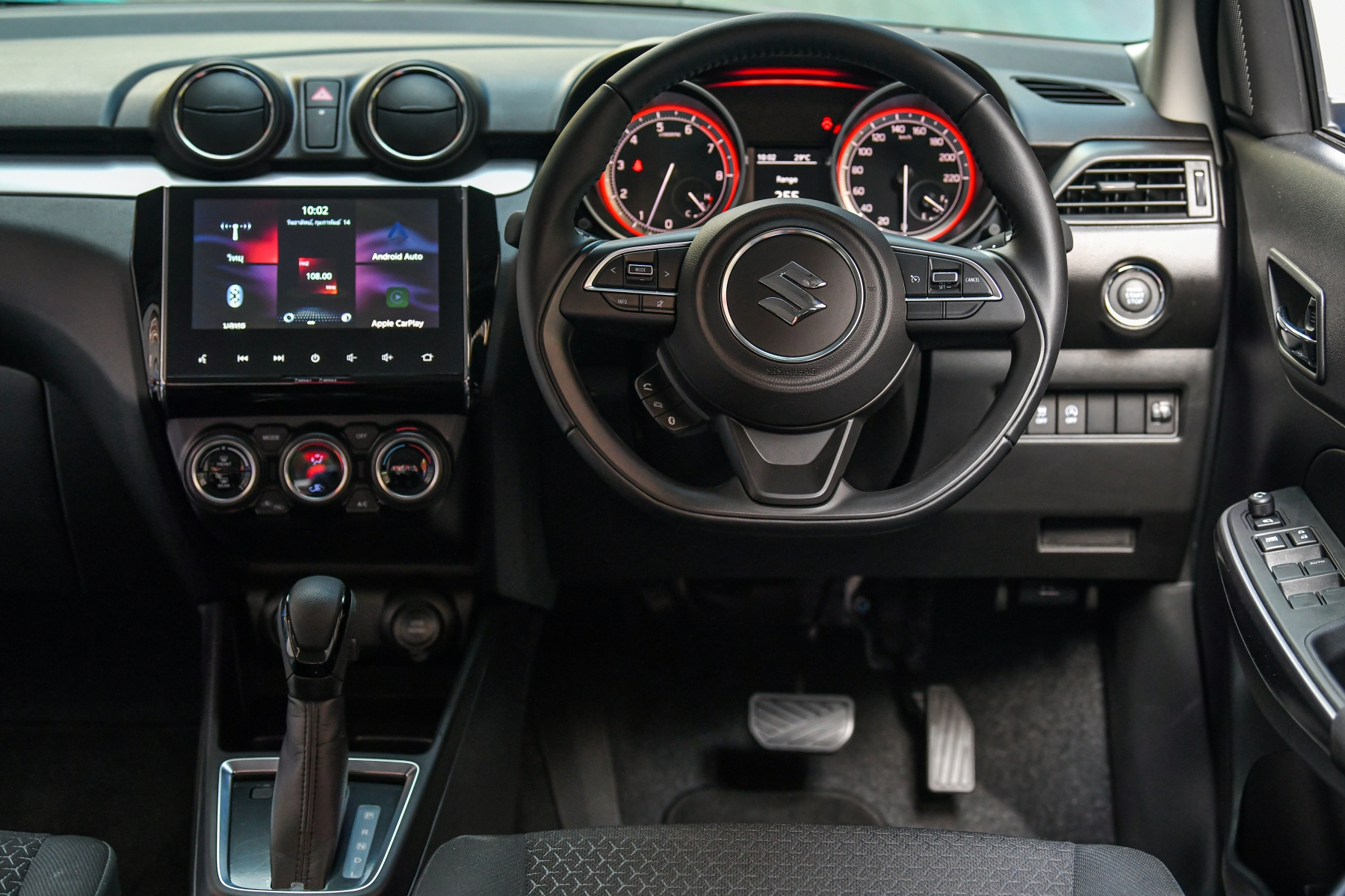 SWIFT interior_0005