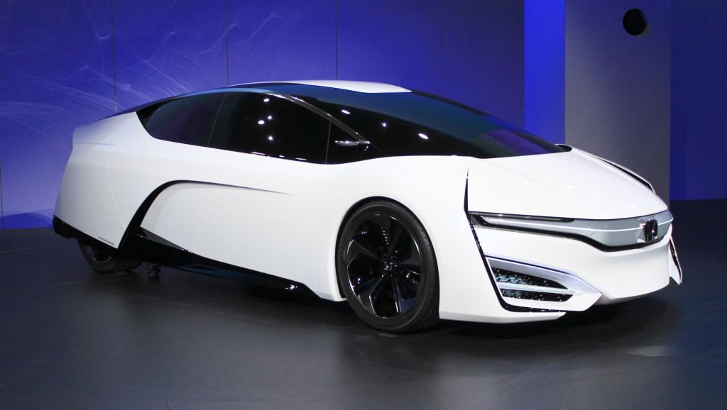 honda-fcev-concept-2013-los-angeles-auto-show_100447347_h