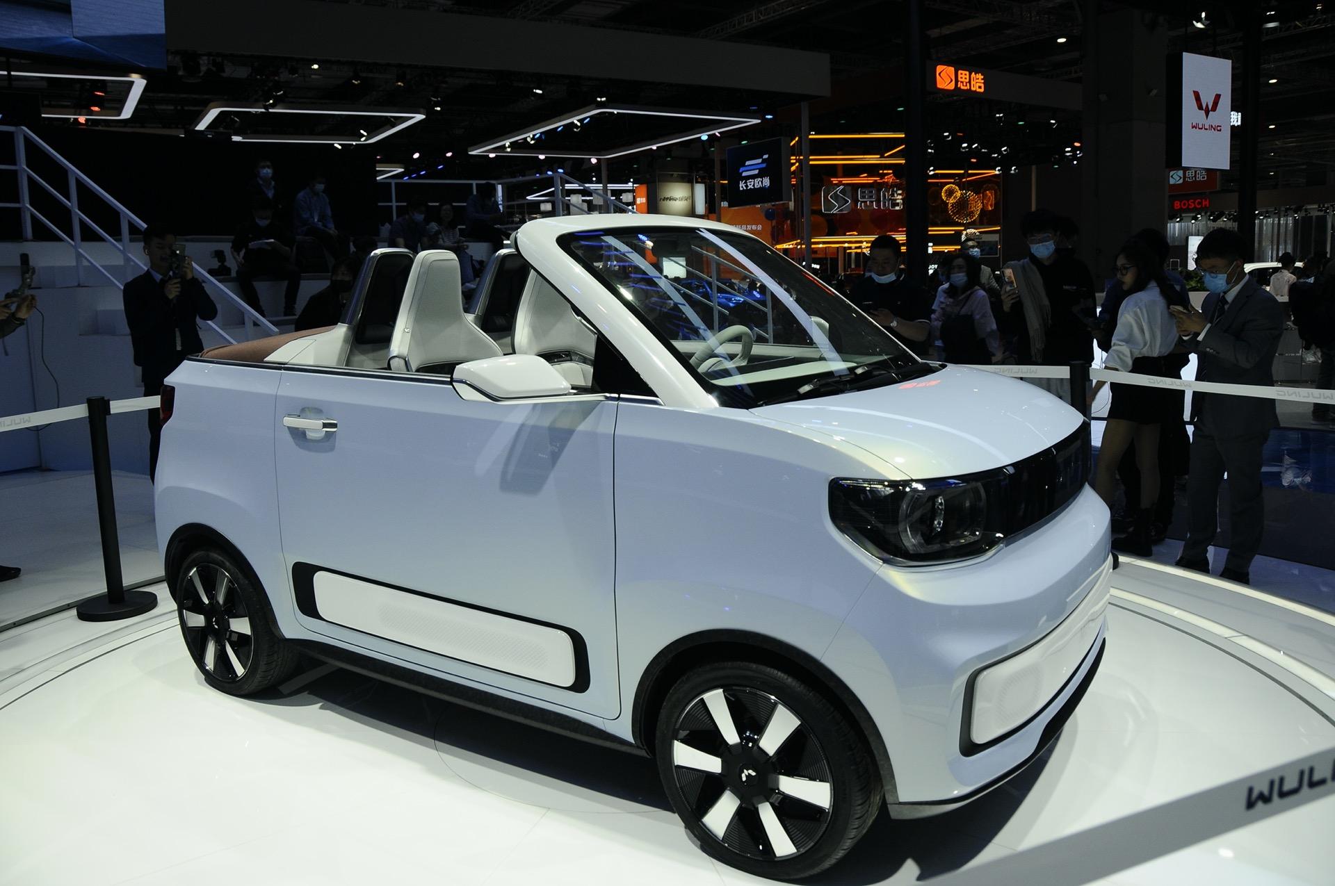 2021-Wuling-Hongguang-MINIEV-Cabrio-Concept-3