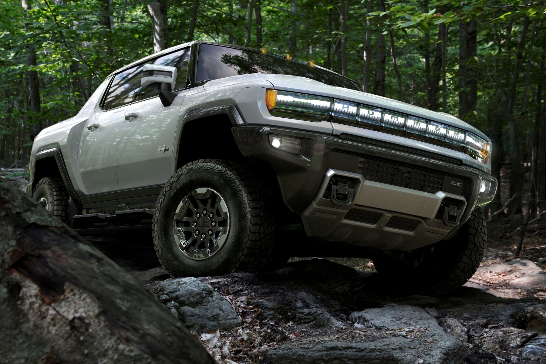The 2022 GMC HUMMER EV is designed to be an off-road beast, with all-new features developed to conquer virtually any obstacle or terrain.