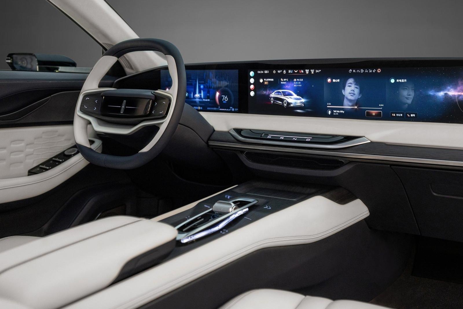 Lincoln-Zephyr_Reflection_Concept-2021-1600-04