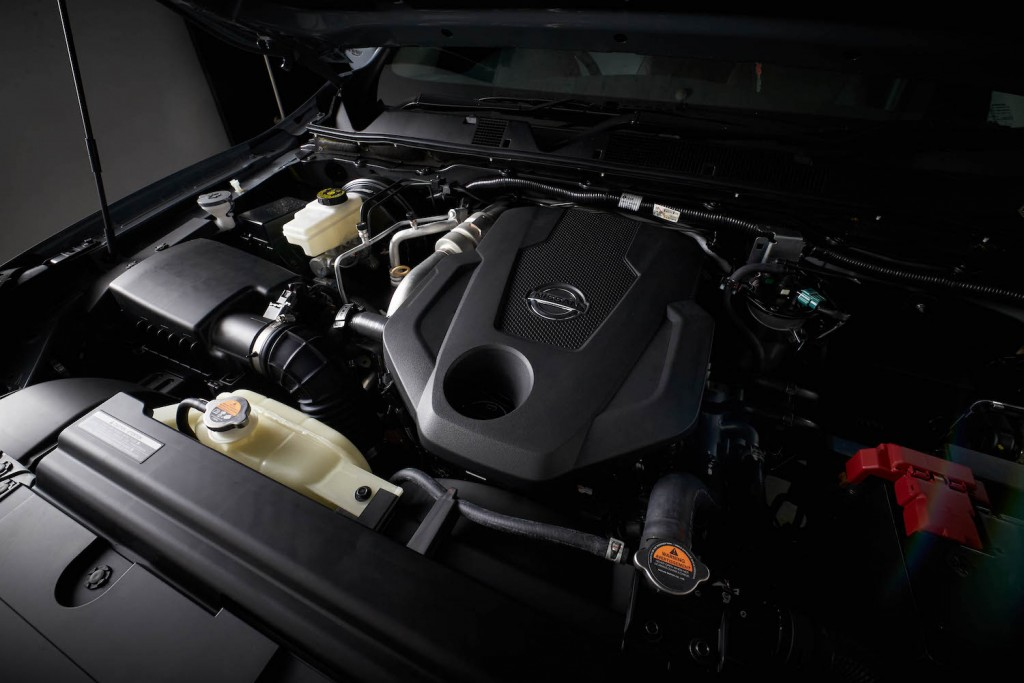 NISSAN NAVARA_Engine-3