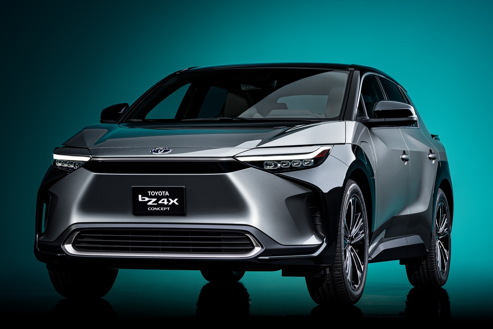 Toyota-bZ4X-Concept-4