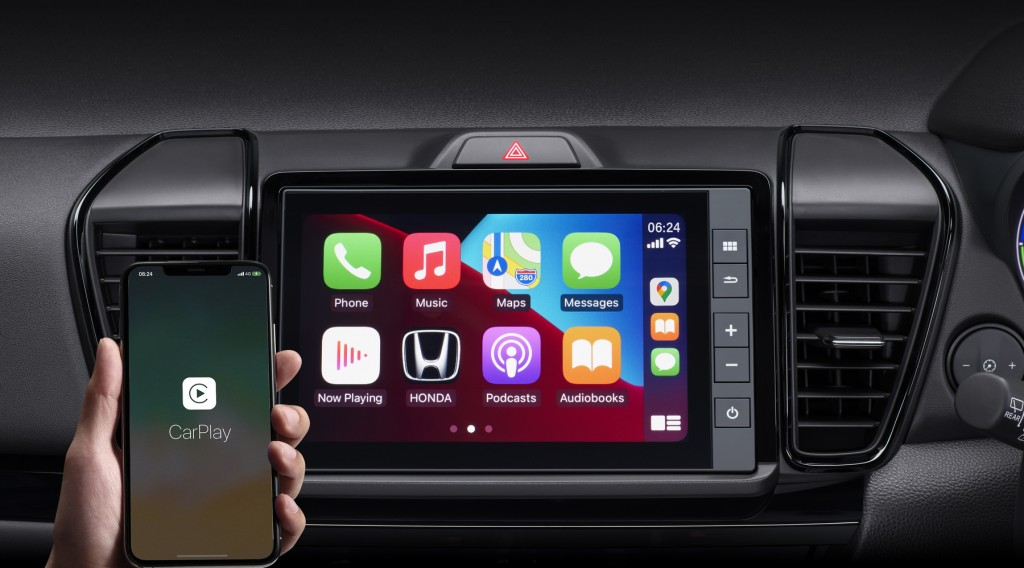 8-inch Advanced Touch Display Audio with Apple CarPlay & Google Maps