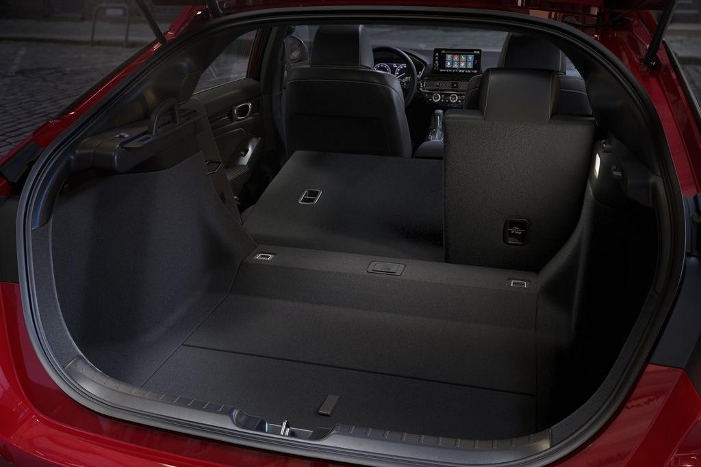 Honda-Civic-2022-1024-11