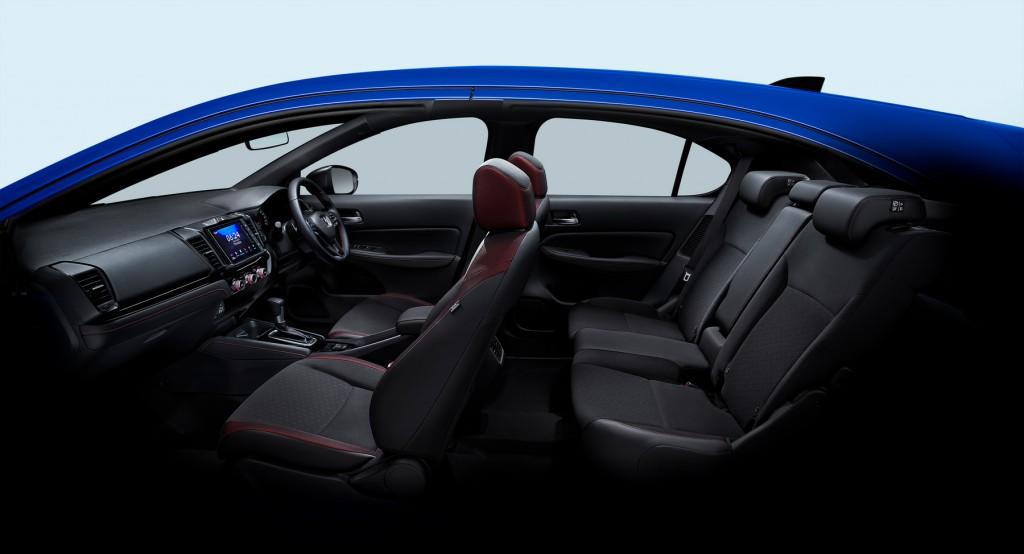The City Hatchback eHEV_Interior