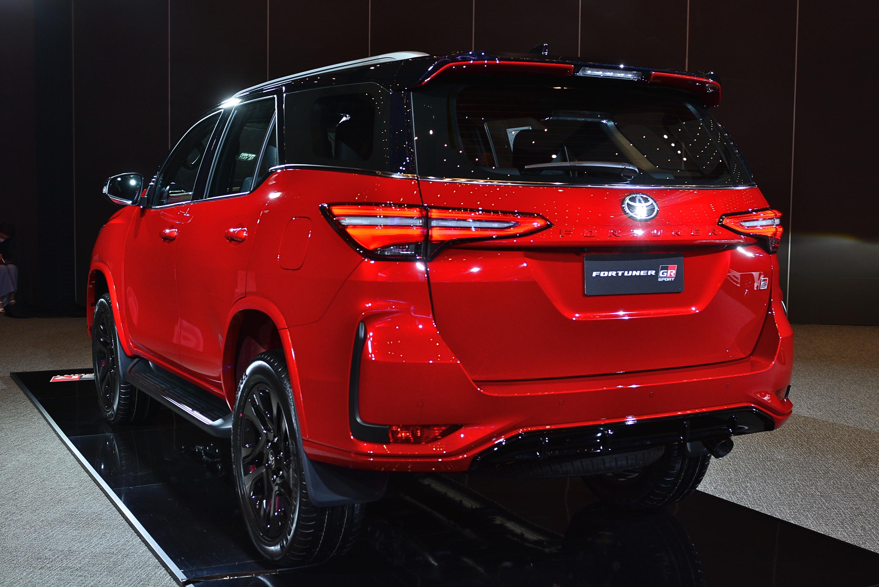 Review Toyota Fortuner GR Sport Modellista AutoinfoOnline (19)