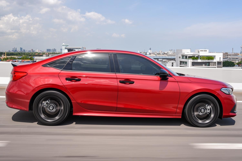 Test Drive Honda Civic 2021 2022 AutoInfoOnline (23)