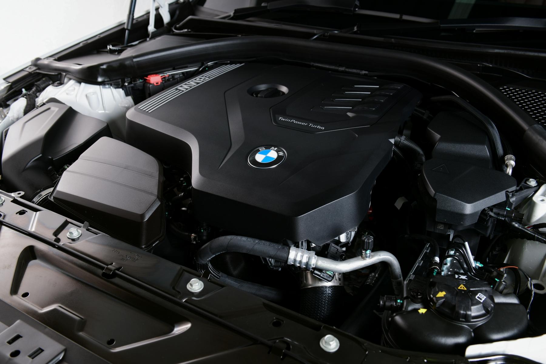 BMW 320Li Luxury AutoinfoOnline (21)