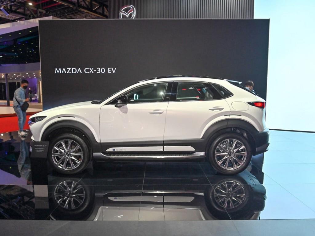 MAZDA CX-30 EV 2022 (8)